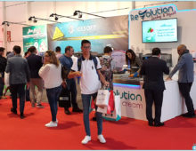 Feria Alimentaria & Horexpo Lisboa 2019. Visitante con helado